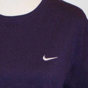 Nike Fit Dry Women size Large Shirt Purple
